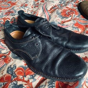 Cole Haan Leather Loafer style shoe Nike soles
